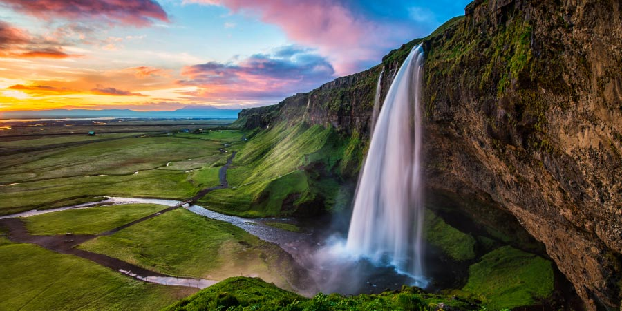 Ultimate Island bucket list Iceland 900x450