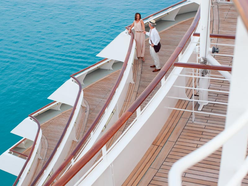Crystal Cruises lifestyle aftdeck couple 800x600
