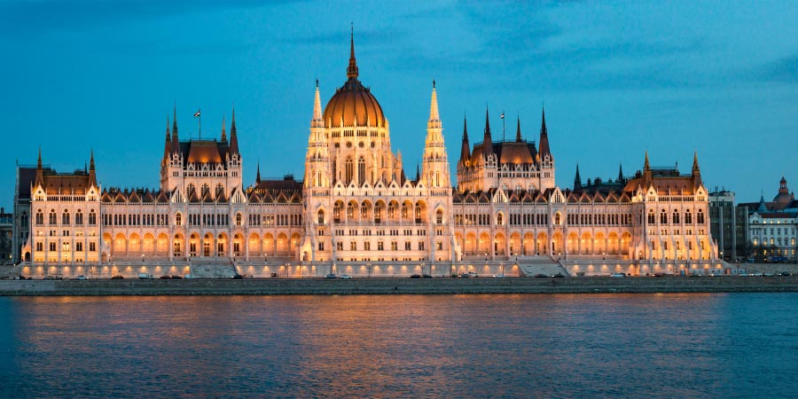 River Cruise Budapest Hungary Parliament building 900x450